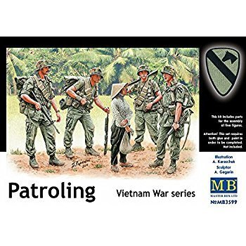 Patroling Vietnam War 1/35